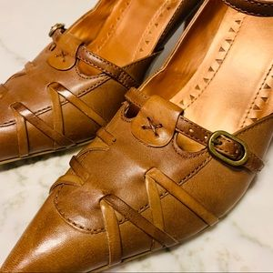 Bronx NWOT Leather Pumps w/ Buckle & Strap